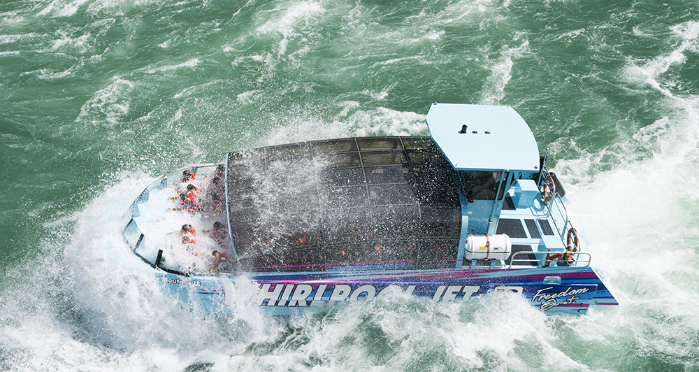 Whirlpool jet boat tour niagara falls